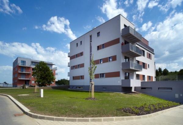 Vídeň a Praha mají nejdražší nové byty v regionu