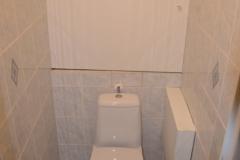 paneláková koupelna obložená sádrokartonem stav 2016 - 03