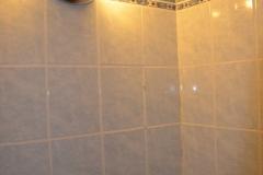 paneláková koupelna obložená sádrokartonem stav 2016 - 08
