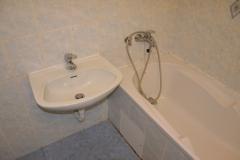 paneláková koupelna obložená sádrokartonem stav 2016 - 14