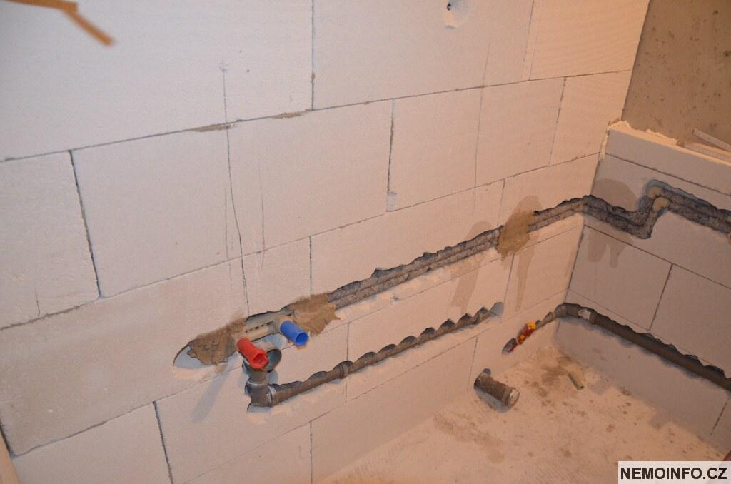 Rekonstrukce koupelny - rozvody vody 9