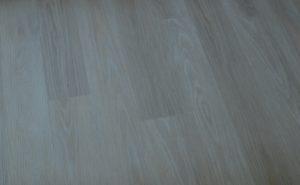 Vinylová podlaha na chodbu je položena