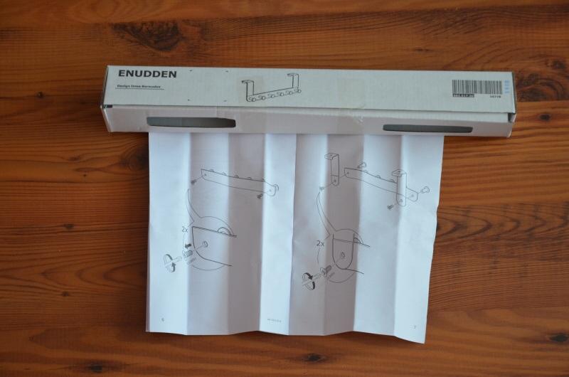 Vešák na dveře závěsný, bílý, kovový Ikea 2